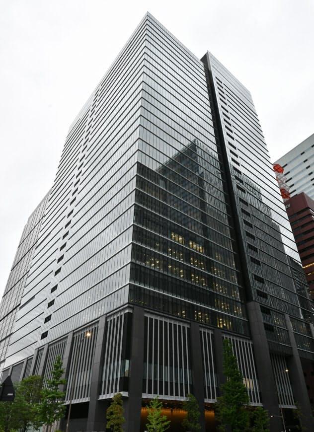 ソニーフィナンシャルホールディングスが入るビル(19日、東京・大手町)