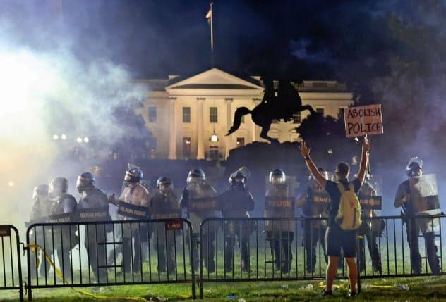 米、深まる社会分断 試練の民主主義