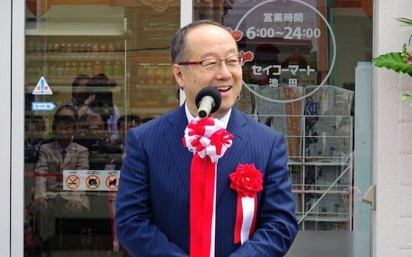 出身地の北海道池田町に新店を開いた際には開業イベントにも出席した(2019年6月)