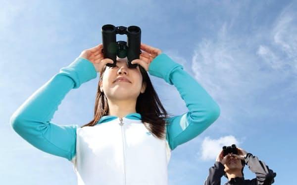 女性に本格的な双眼鏡ユーザーが増えている