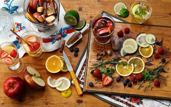 ワインとフルーツで作るサングリアはオンライン飲み会にも映える