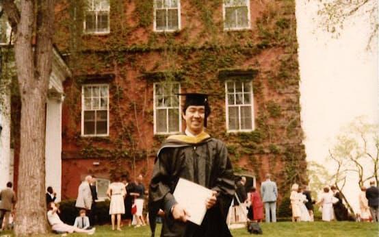 「人生であれほど勉強した時はなかった」という米タフツ大学の大学院時代