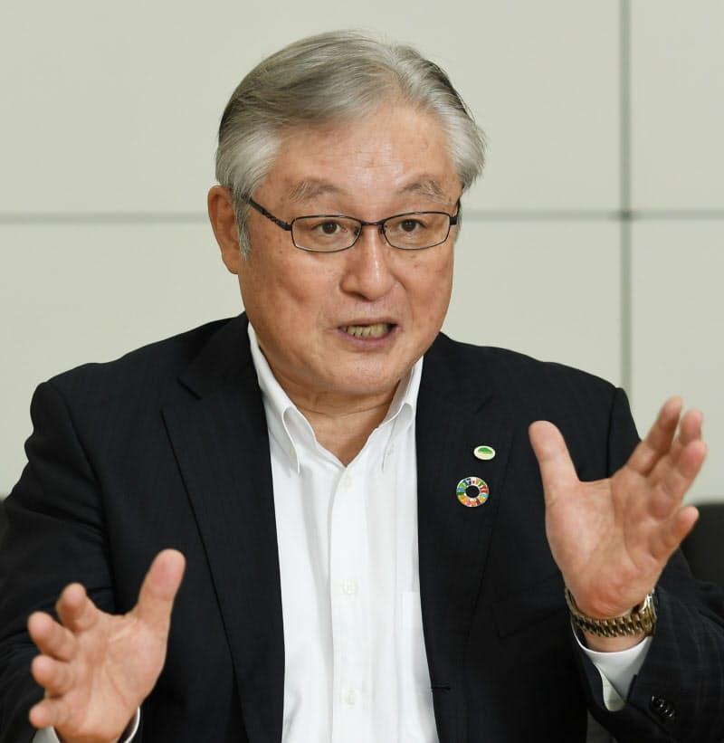 東原社長は「選択と集中だけならコロナ危機は回避できなかった」と語る