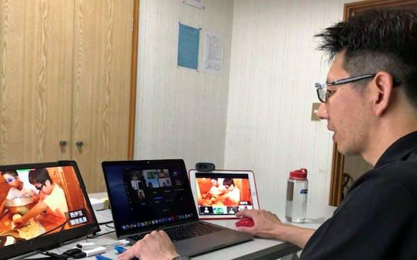 オンラインでサマーキャンプの説明会を行うNPO法人「湘南自然学校」の職員