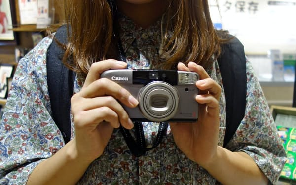 オートフォーカスのコンパクトカメラが人気だ