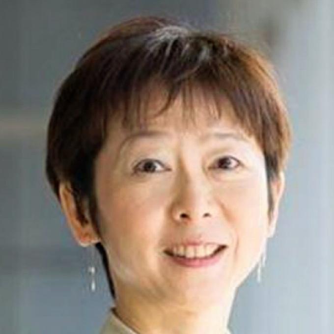 内閣広報官に山田氏充てる 女性初: 日本経済新聞