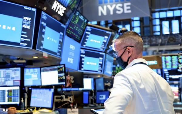 米国で上場が相次ぐSPACをESG投資に活用する動きが出ている(ニューヨーク証券取引所)=AP