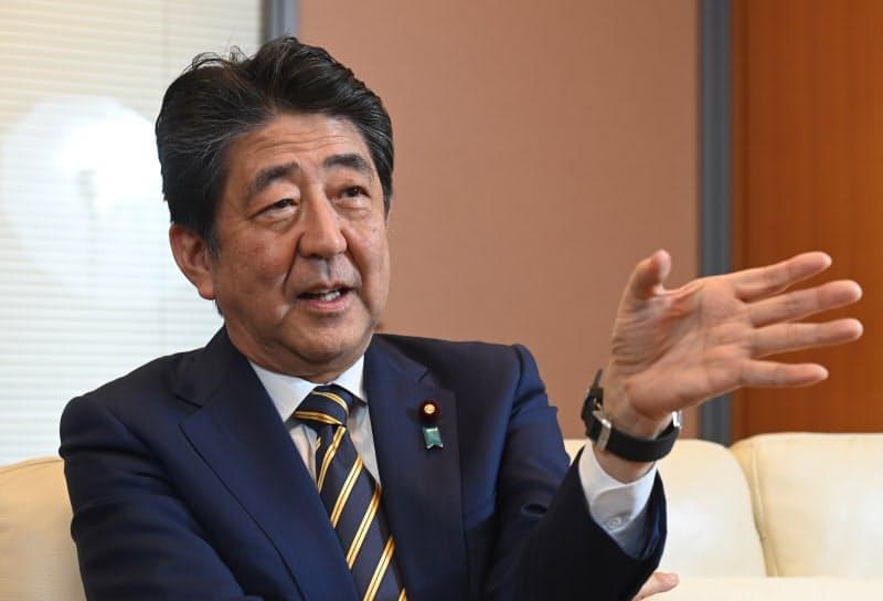 安倍外交、同盟強化が起点 安倍前首相インタビュー