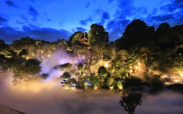ホテル椿山荘東京では雲海を眺めながら食事を楽しめる