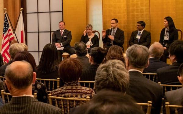 19年11月にワシントンでOIST財団設立の発表式典を開いた=OIST提供
