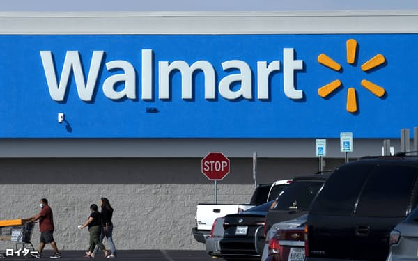 米ウォルマートは店舗間運送を自動運転トラックに切り替える実験を開始する=ロイター
