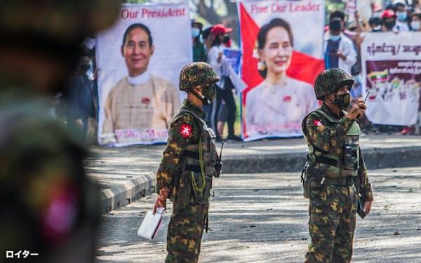 軍事クーデターが、勃興しつつあったミャンマーのデジタル経済に影を落とす(2月1日)=ロイター