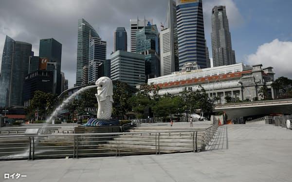 シンガポールで働く外国人は2020年に20万人減少、コロナ禍で海外人材に頼る政策は曲がり角に=ロイター