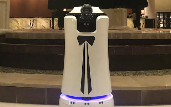 ロボットは約1000カ所のホテルで導入されている=上海景吾智能科技提供
