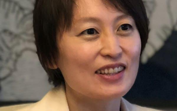 ないとう・さわこ まちづくり団体代表などを経て2020年、全国最年少の女性市長に就任。政府の男女共同参画会議議員