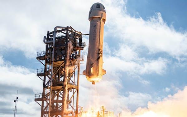ベゾス氏が搭乗するブルーオリジンのロケット(同社提供)