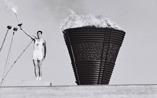 前回東京五輪では、原爆投下の1945年8月6日に広島で生まれた坂井義則さんが最終聖火ランナーを務めた