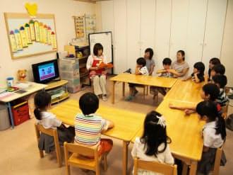 キッズパルでのネット教育のひとこま。参加したすべての5歳児はスマホやタブレットを使用した経験があった