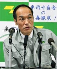 被害が拡大している口蹄疫の問題で、非常事態を宣言する宮崎県の東国原英夫知事(18日、宮崎県庁)=共同