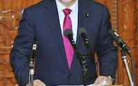 衆院本会議で質問する自民党の谷垣総裁(14日午後)