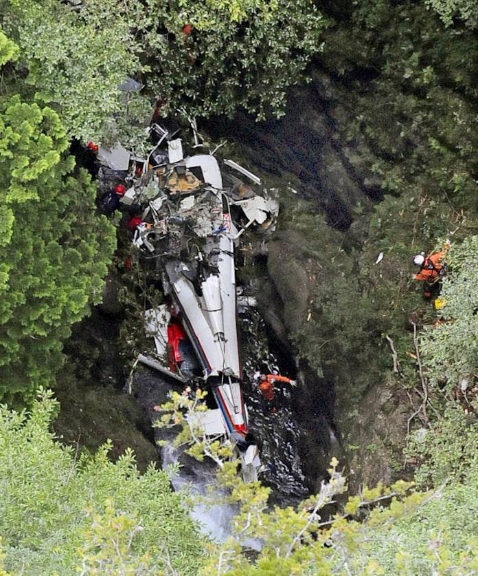 ヘリ 動画 救助 落下 東京消防庁 謝罪がヤバい!台風19号救助ヘリはくちょうから、人を落下させる