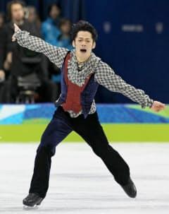 バンクーバー五輪でフィギュア日本男子初のメダルを獲得した高橋=写真 小林健