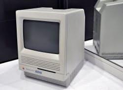 今見ても背面まですっきり整ったデザインの「Macintosh SE/30」。このマシンは形もさることながら、大きさの設定が絶妙だった