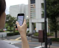 スマートフォンを使う位置情報アプリが急速に広がっている