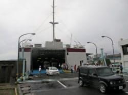 神戸港とつながり観光客も増えている(香川県小豆島町の坂手港)