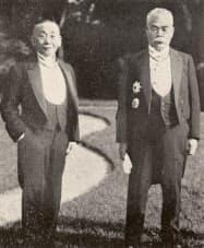 浜口首相(右)と町田農相