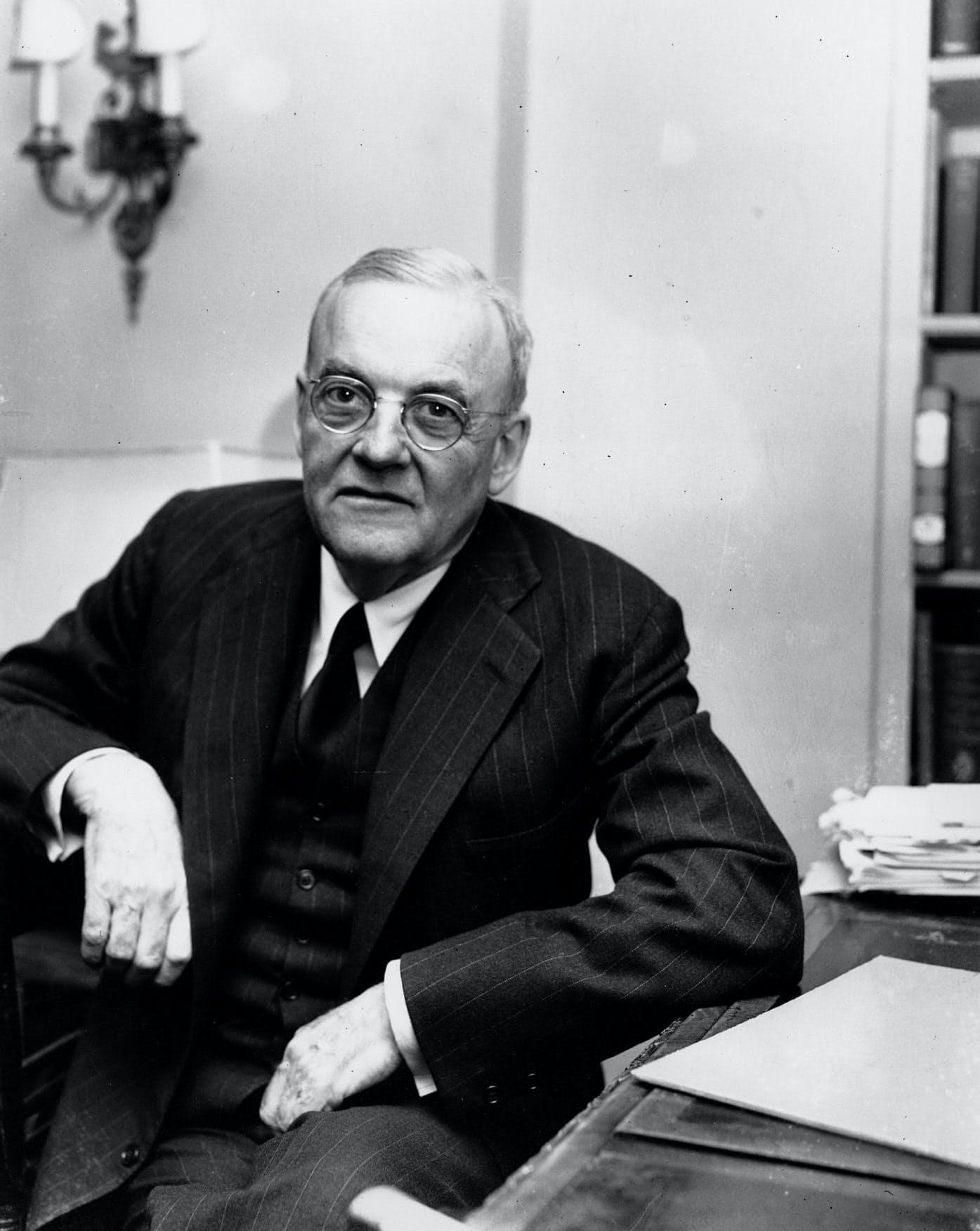 ダレス米国務長官顧問(1952年4月)=AP