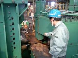 小島鉄工所は得意の油圧技術を磨き新分野に進出した(高崎市の八幡工場)