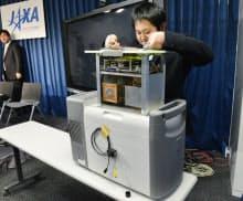 JAXAが試作した放射性物質を可視化する特殊カメラ(29日午前、東京・丸の内)