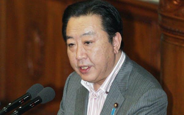 国会で答弁する野田首相(10日午後、衆院本会議)