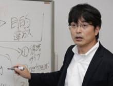 エステー特命宣伝部長の鹿毛康司氏