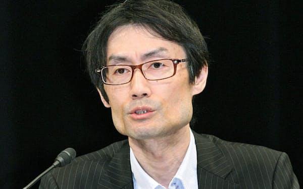 討論する東レ経営研究所の増田貴司チーフエコノミスト(15日午後、東京・大手町)
