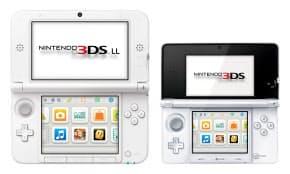 任天堂が7月28日に発売する、現行機より画面の大きい「ニンテンドー3DS LL」(左)