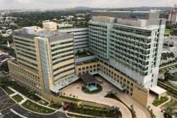 新病院には1泊80万円の部屋もある(シンガポール)