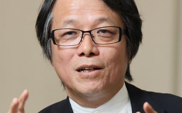 博報堂新しい大人文化研究所の阪本節郎所長