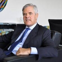 アンドレアス・ドンブレット氏 米国生まれでドイツの大学卒業後、ドイツ銀行など国内外の民間銀行で勤務。2010年から独連銀理事。52歳。