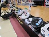 ロボット掃除機の品ぞろえが増えている(東京都新宿区のビックロ)