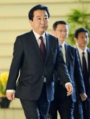 野田内閣は臨時閣議を開き総辞職した(26日午前)=共同