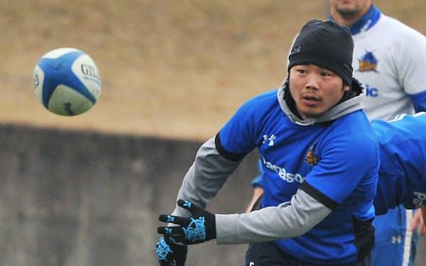 日本人選手として初めて南半球最高峰リーグ「スーパーラグビー」でプレーする田中史朗