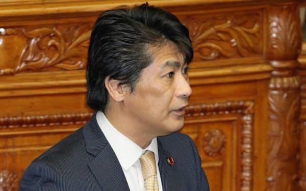 田村厚労相は年金記録問題に強い関心を持つ(1日、参院本会議)