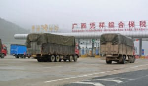 中国の物流ではトラック輸送が中心的な役割を担っている