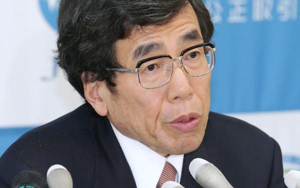 就任会見する公取委の杉本委員長(6日、東京・霞が関)