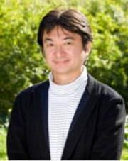1985年広島大院修了、松下電器産業(現パナソニック)入社。国際電気通信基礎技術研究所(ATR)や大阪大、NTTドコモのシリコンバレー拠点を経て現職。イノベーション創出を担当