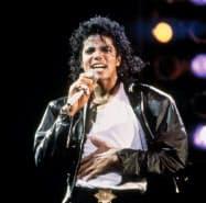 数多くのヒット曲を生み出した歌手のマイケル・ジャクソン