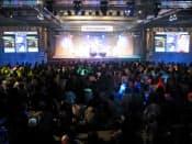 「パズドラファン感謝祭2013」には数多くのファンが集まった(4月29日、東京・文京の東京ドームシティ)