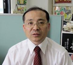 飯田弘之(いいだ・ひろゆき) 1962年山形県出身。94年東京農工大大学院博士課程修了。静岡大などを経て2005年から現職。専門は人工知能、ゲーム情報学。将棋ソフト「TACOS」などの開発でコンピューター将棋の先駆者的存在。世界コンピュータ将棋選手権の世話役を長く務め、ソフト開発者たちとの交流が深い。自身はソフト開発の現場から離れ、ゲームの背後にある思考の可視化研究に取り組む。指し将棋は83年プロ四段。88年五段、00年六段。94年から棋士活動は休止している。